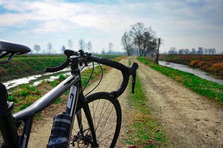 1_gravel_bike.jpg